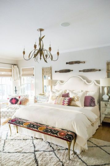Romantic Dream Master Bedroom Design Ideas 49