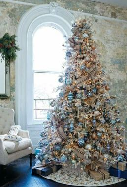 Gorgeous Chirstmas Tree Decorations Ideas 2019 21