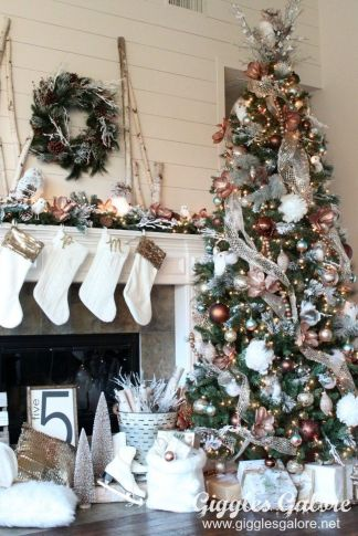 Gorgeous Chirstmas Tree Decorations Ideas 2019 25