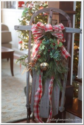 Amazing Christmas Porch Ornament And Decorations 39