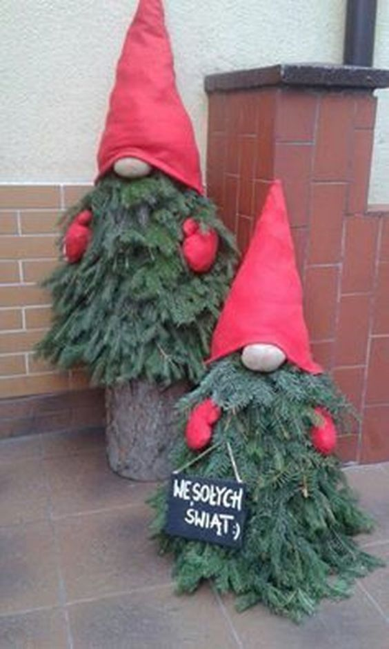 Amazing Christmas Porch Ornament And Decorations 4