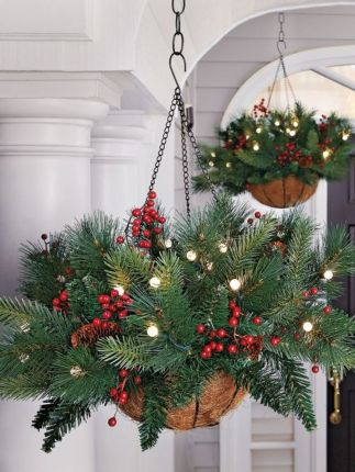 Amazing Christmas Porch Ornament And Decorations 63