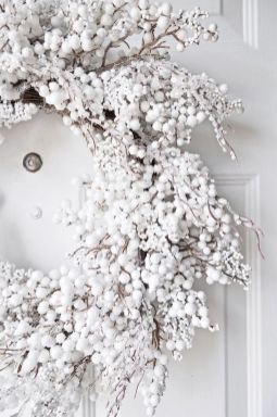 Creative Fake Snow Ideas For Chirstmas Decorations 31