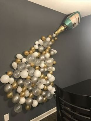 Cheap New Year Eve Decorations Ideas 34