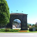 L'Arc de Triomphe d'Auguste