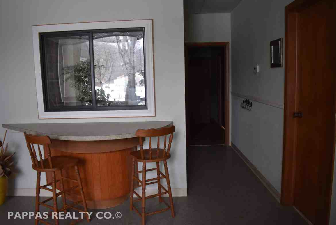 Pappas Realty Co. - Akron, OH - Commercial Property For Sale Merriman Valley Interior Pic 1