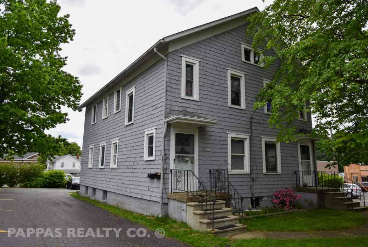 Investment Property For Sale in Cuyahoga Falls, OH
