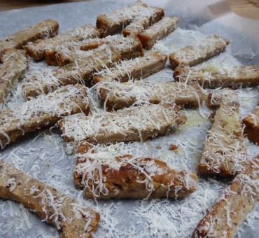 Glutenfire breadsticks av brødrester