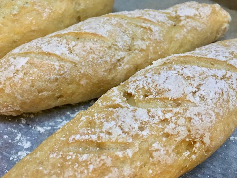 hjemmelaget glutenfri baguette