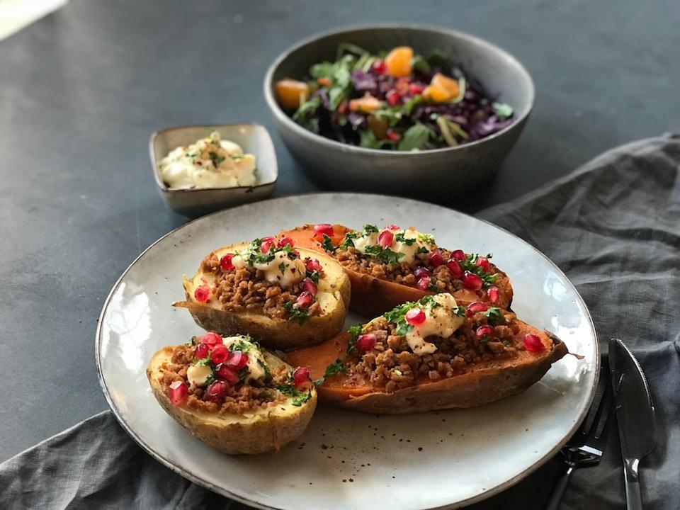 Bakt potet med vegetardeig og aioli