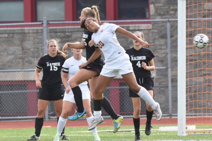Fords' Durfee one step ahead of old friend in topping Radnor