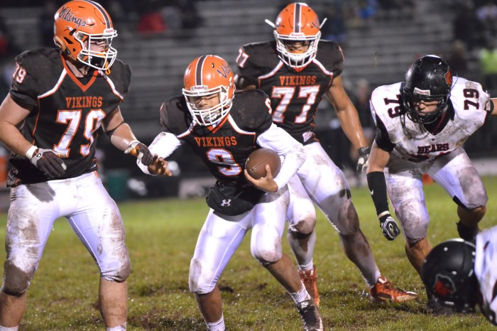 Sturm's huge first half highlights Perk Valley's 45-7 victory over Methacton