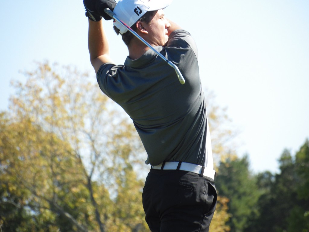 Methacton's Kyle Vance follows his tee shot on No. 3 during the PAC Championship. (Thomas Nash - Digital First Media)