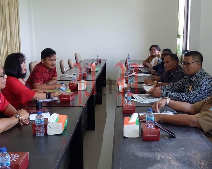 Tim Anggota DPRD Provinsi Bali melakukan Kunker ke DPR Papua Barat, Senin (16/3). PbP/ARS