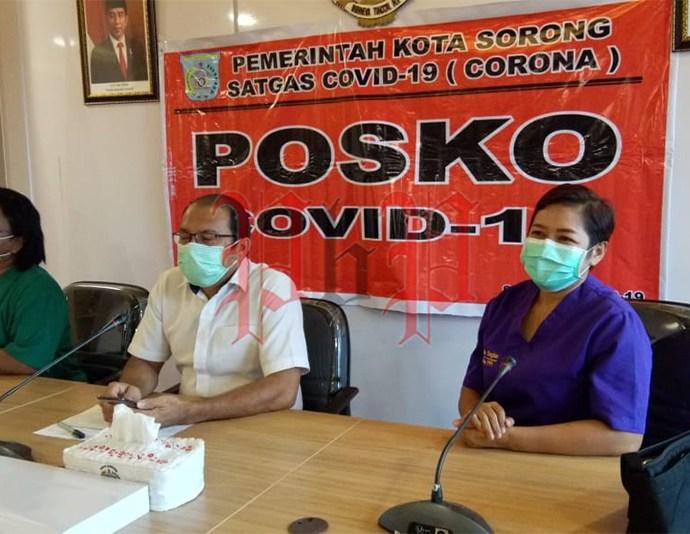 Satgas Covid-19 Kota Sorong saat menggelar press release, Rabu (3/6). PbP/JEF