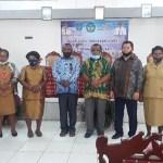 Foto bersama usai sosialisasu Simpel bersama kepala sekolah SD dan SMP se kabupaten Maybrat Selasa, (17/11). PbP/CR24