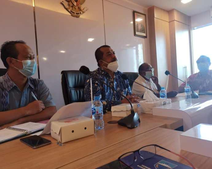 Satgas Korsup Pencegahaan wilayah V KPK bahas penyelesaian penyerahaan aset dari Pemkab Sorong ke Pemkot Sorong, Jumat (11/6/2021). Foto: Istimewa