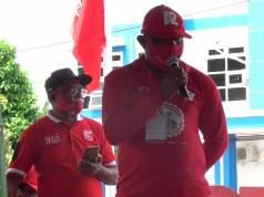 Kandidat Bupati Teluk Wondama Elisa Auri saat berkampanye. Foto : PKT-01