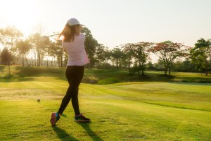 What is the Proper Golf Attire for Women?