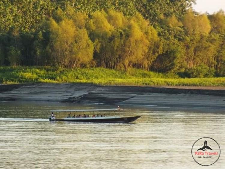 Boat excursions manu