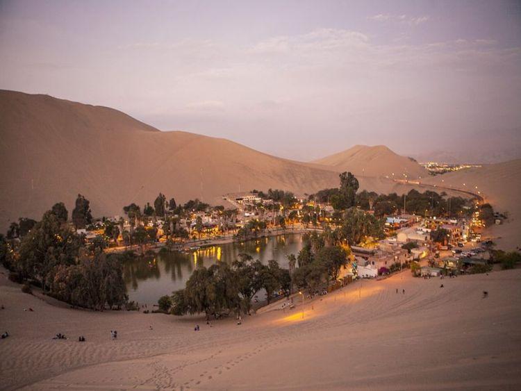 Huacachina evening