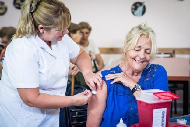 Se lanzó la campaña de vacunación contra la gripe en CABA ...