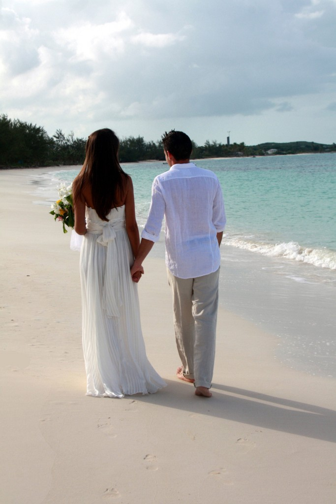 celebrate your wedding on our beach at paradise bay