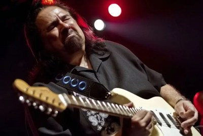 Coco Montoya at the Iron Horse