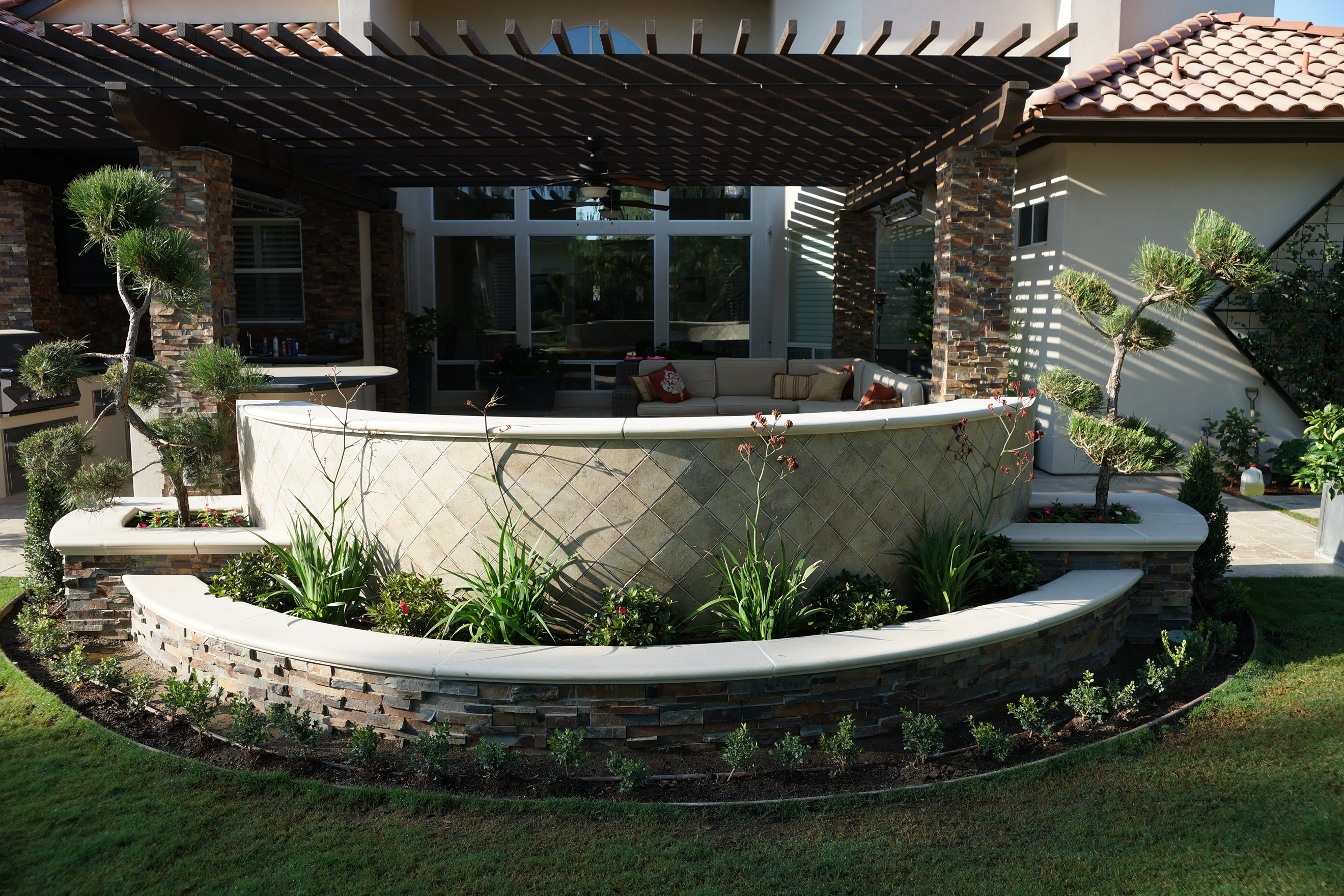 Outdoor Living Gallery - Paradise Pools and Spas - Bakersfield on Outdoor Living Spa id=50966