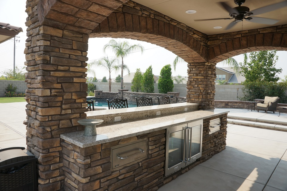 Outdoor Living Gallery - Paradise Pools and Spas - Bakersfield on Outdoor Living Spa id=20031