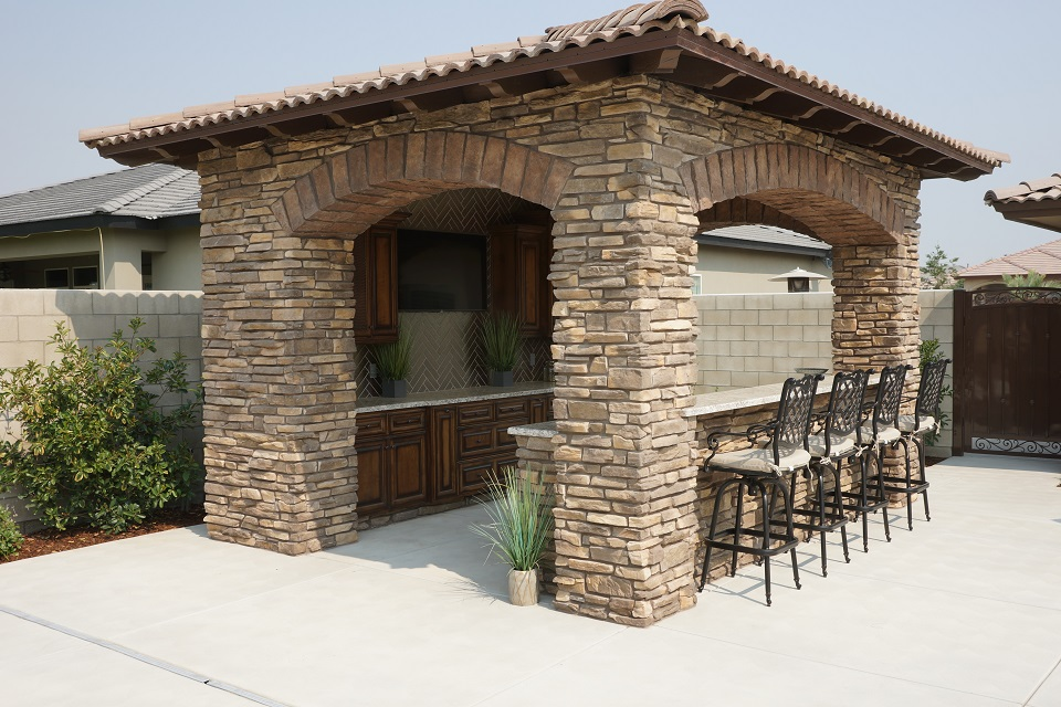 Outdoor Living Gallery - Paradise Pools and Spas - Bakersfield on Outdoor Living Spa id=11981