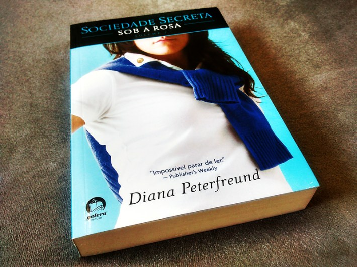 Sob a Rosa - Diana Peterfreund