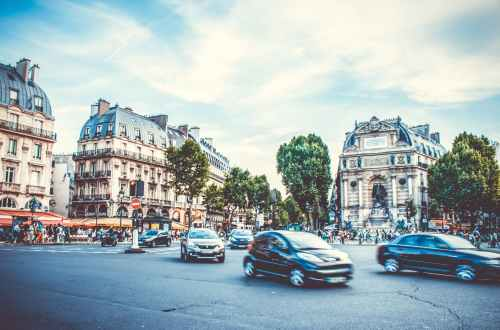 Voitures grands boulevards Paris