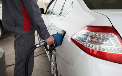KELOWNA AUTO REPAIR SHOP SHARES TIPS ON SAVING MONEY AT THE GAS PUMP
