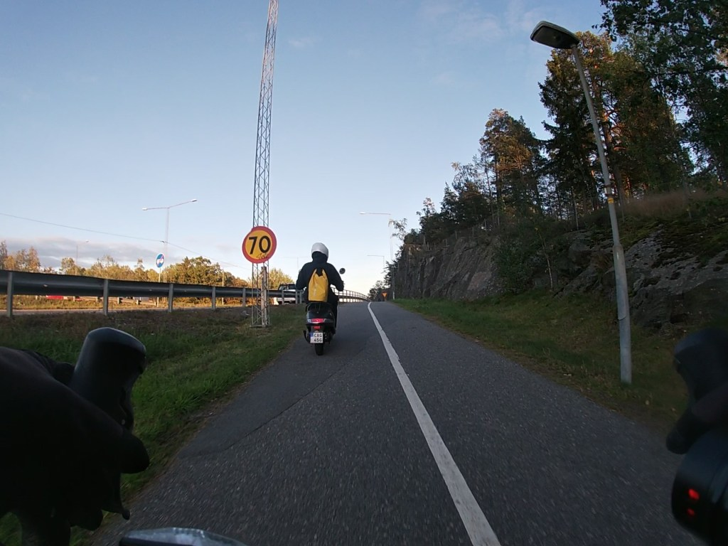 Mopeder på cykelbana