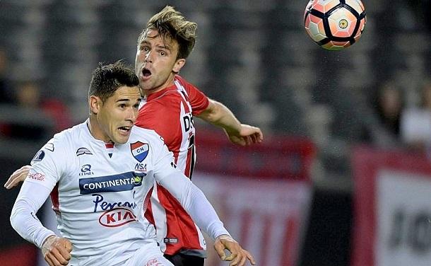 Estudiantes vs Nacional (0-1) Goles y Resumen Copa Sudamericana 2017