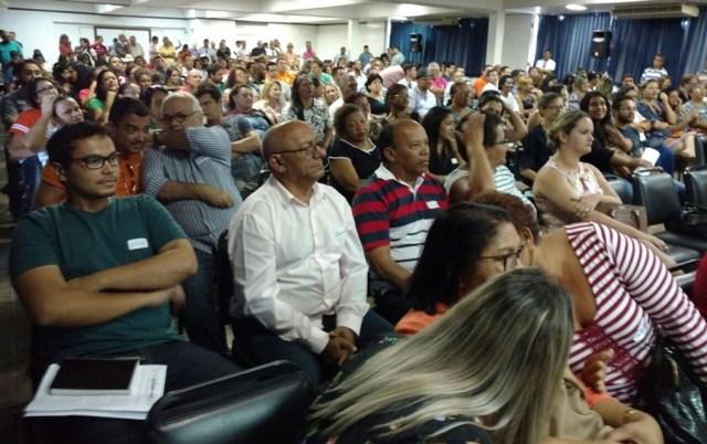Cida diz que Cartaxo usou a 'máquina' para se reeleger e prevê vitória do PSB em 2018