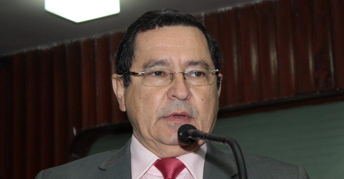 Na bronca: deputado petista diz que setores do Judiciário assumiram o papel do PSDB