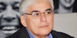 Efraim Morais deixará secretaria em abril para tentar espaço na majoritária