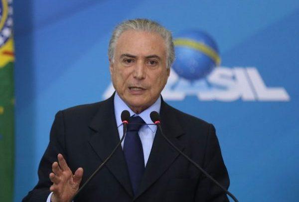 Em decreto, Temer autoriza uso das Forças Armadas para liberar rodovias no Brasil