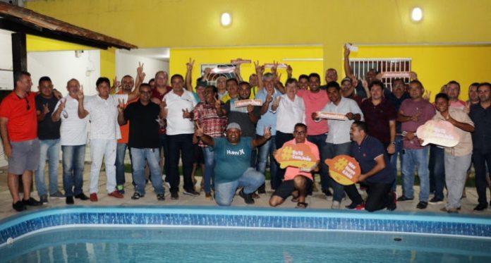Em Santa Rita, João recebe adesão de sete vereadores e mais de 30 lideranças políticas