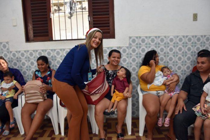 Energisa doa kits natalinos a famílias paraibanas atendidas pelo IPESQ