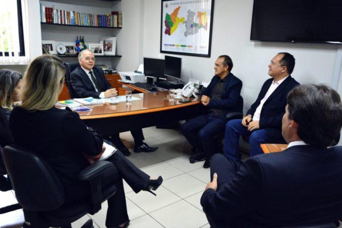 Membros da nova Mesa Diretora da CMJP visitam Tribunal de Contas da PB