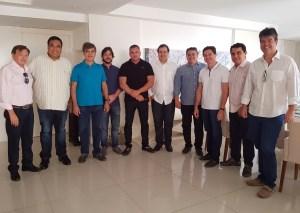 Na PB, Efraim Filho reúne nove deputados em apoio à reeleição do presidente Rodrigo Maia