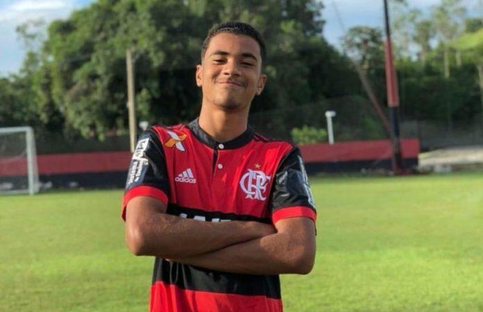 Quatro atletas da base estão entre os mortos em incêndio no CT do Flamengo