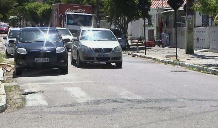 Faixas de pedestres apagadas põem em risco moradores de João Pessoa