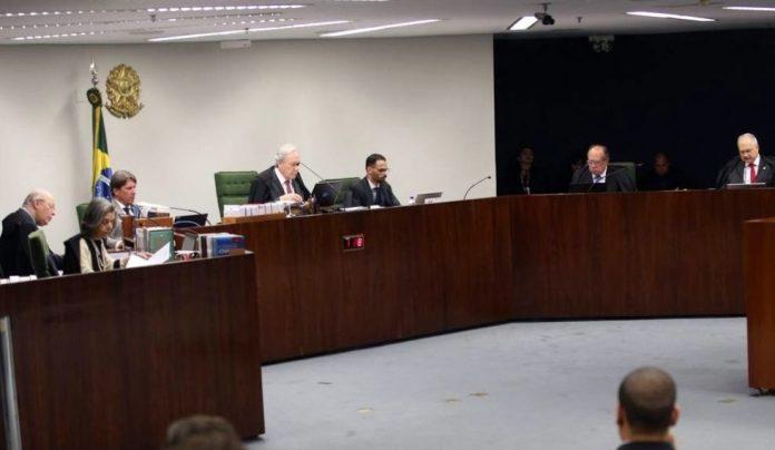 Ministro defende soltura de Lula, e Supremo inicia julgamento do caso