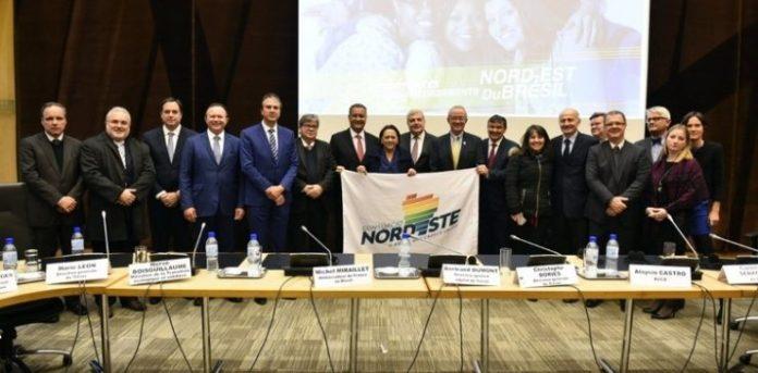 Na França, João expõe oportunidades de negócios na Paraíba a 40 empresas