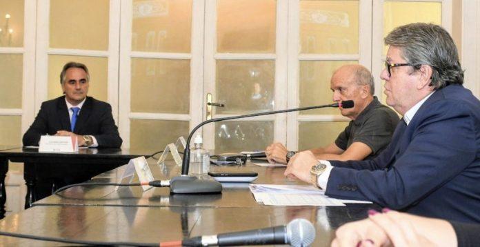 João se reúne com Prefeitos de JP e CG e anuncia medidas conjuntas de enfrentamento ao coronavírus