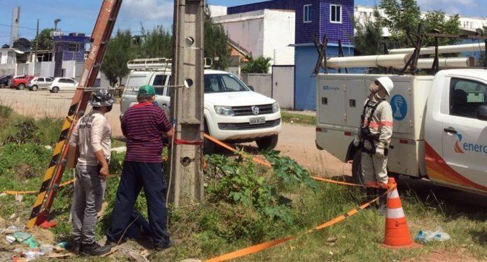 Polícia e Energisa flagram distribuidora de alimentos furtando energia, em JP